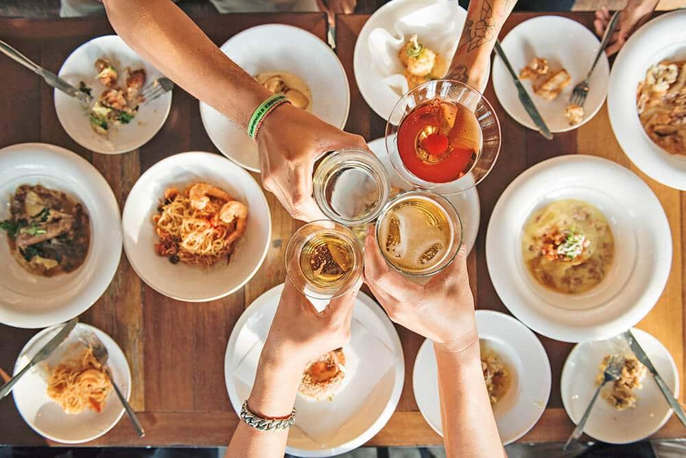 cibo-alimenti-tavola-mangiare